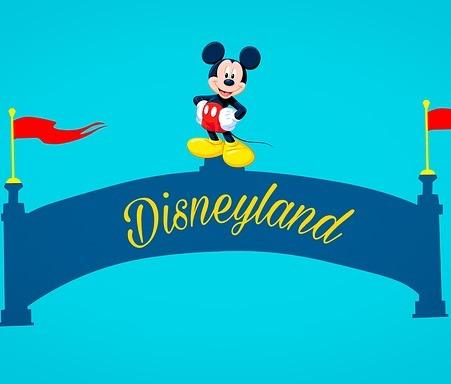 मिकी माउस बनण्याची कहाणी – Walt Disney Biography in Marathi